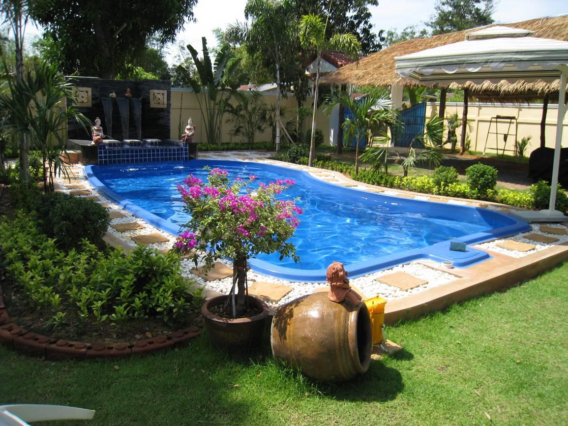 Thiết kế hồ bơi sân vườn cho gia đình