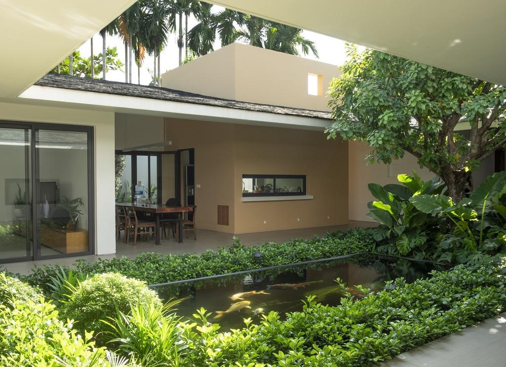 Mẫu thiết kế sân vườn tận dụng không gian